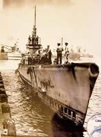 Tunny docking at Pearl Harbor